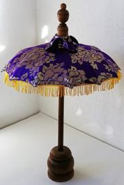 Bali parasol 60 cm paars.  Diameter 47 cm. Op houten voet van palisander.