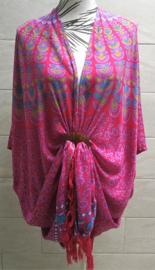 Sarong vest pauw donker roze/lila multi. Symbool van onsterflijkheid. 100% rayon, met sarong knoop.