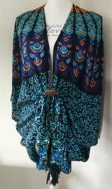 Sarong vest pauw.  Symbool van onsterflijkheid. 100% rayon, met sarong knoop.