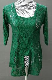 Traditionele Balinese kanten Kebaya donker groen. Ned. maat 38/40. Bovenwijdte tot 92 cm, taille tot 84 cm. Lengte mouw 35 cm. 100% elastische kanten rayon.