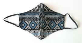 Batik mondkapje zwart/wit/blauw tiga.