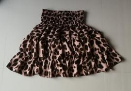 Hippe kleine meisjes Bali trend. Stroken rokje tijgerprint. Taille tot 66 cm. lengte 43 cm. Ned maat 140 t/m 152. 100% rayon.
