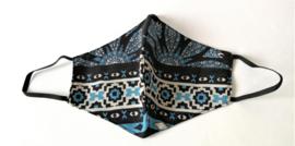 Batik mondkapje zwart/wit blauw  dua.