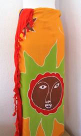 Kinderstrandlaken 'zonnetje'. Limited Edition. Deze vrolijke Bali batik sarong uit Dian's boetiek. 120x170 cm met sarongknoop. 100 % rayon.