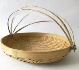 Ronde bamboe natural gaasmand. Met scharnierend net op kokosschroef. Diameter 29 cm.