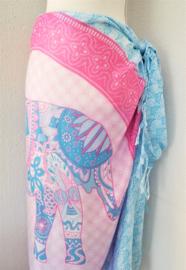 Sarong olifant zentangle pastel. Symbool van kracht, heilige wijsheid en onsterflijkheid. 115x150 cm, 100% Rayon (kunstzijde) wasbaar op 30 graden.  Met sarongknoop.