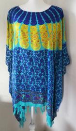 Sarongshirt  Pauw met wijde hals 100% rayon. One size. ( wijdte 1.90 lengte 81 cm.)