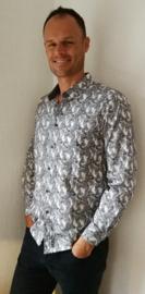 Batik blouse  op-art blad. Balinese L. Lengte 74 cm, wijdte 100 cm, mouwlengte 61 cm.   Zacht katoen. Ned. maat 48.