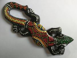 Gekko. Symbool van geluk. Gemaakt door de Balinese aboriginals. Laat hem tegen de muur opkruipen. 15 cm.