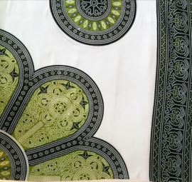 Sarong Mandala,bladgroen/mosgroen/wit.