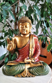 Geruststellende Balinese Boeddha; 'alles komt goed'.