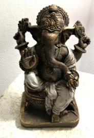 Vierarmige Ganesha. Beschermheilige van de Balinezen.