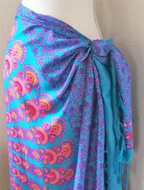 Sarong Pauw. 115x150 cm 100% Rayon (kunstzijde) wasbaar op 30 graden.  Met sarongknoop.