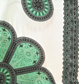 Sarong Mandala, groen/wit/zwart.