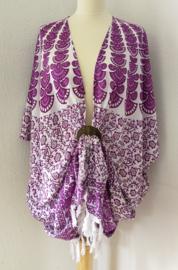 Sarong vest pauw, paars tinten/wit. Symbool van onsterflijkheid. 100% rayon, met sarong knoop.