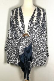 Sarong vest pauw OpArt. Symbool van onsterflijkheid. 100% rayon, met sarong knoop.