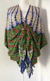Sarong vest pauw, appelgroen/oranje/blauw . Symbool van onsterflijkheid. 100% rayon, met sarong knoop.
