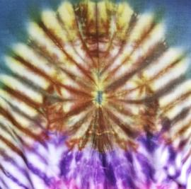 Tricot hemdjurkje grijs met tie dye rand. Bovenwijdte  116 cm, Heup 140 cm, Lengte 100 cm. 100% katoen