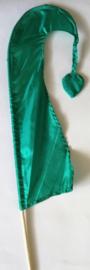 Umbul Umbul vlaggetje groen lima 56 cm. Umbul Umbul betekent 'staart van de draak'. De vlag wordt in de grote versie van 3 meter ter bescherming gebruikt bij Balinese ceremonies. De onderkant van de vlag vrij moet hangen, om boze geesten te weren.