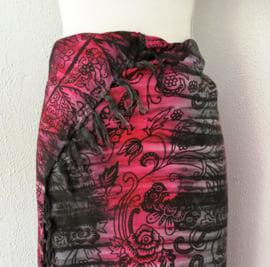 Batik sarong 'Bali Art satu'. Zware kwaliteit, 115x160 cm met sarongknoop. 100 % rayon.