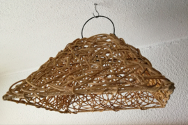 Schitterende grote vierkante naturel rotan hanglamp.
