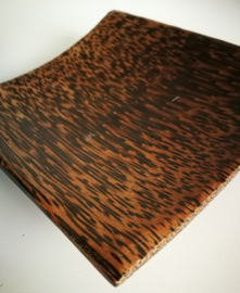 Schaaltje van Palmhout. 12x12 cm Wondermooie tekening en energie.