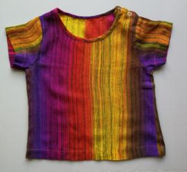 Voor kleurrijke baby's. Balinees new born shirtje. Maat 62/68. (2-6 mnd)100% ademend rayon. Machinewas op 30 graden.