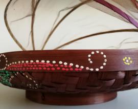 Ronde bamboe gaasmand. Met scharnierend net op kokosschroef. Diameter 34 cm.