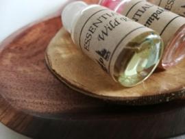 Palisander harten schaaltje - de meest edele houtsoort die er is - met drie essentiele olietjes voor in een brandertje: wild rose,vanilla en cempaka (magnolia)