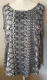 Mouwloze top Bali Art zwart/wit, met ronde zoom. Maat 46 t/m 56.  Lengte 70 cm, bovenwijdte 1.20 cm, heup 1.40 cm. 100% rayon