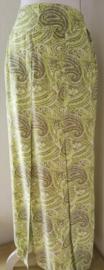 Bali rok 'Springdream'. Met halve elastische band en brede voorband. Twee loopsplitten  midden voor. Heupwijdte 100 cm taille 75 cm. Ned. maat 38/40 lengte 99  cm.