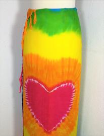 Sarong tie dye 'love-rainbow.'