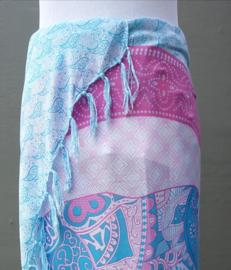 Sarong olifant Bali 'Zentangle' pastel. 115x150 cm, 100% Rayon (kunstzijde) wasbaar op 30 graden.  Met sarongknoop.