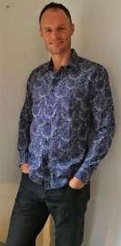 Blouse/overhemd. Balinese L wijdte 102 cm Mouwlengte 64 cm. Schouderbreedte 45 cm. Lengte 76 cm. 100% Zacht katoen. Ned. maat 48.