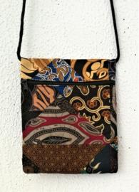 Prachtig batik patchwork schoudertasje.