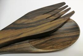 Zwaar slacouvert van palisander hout, met parelmoer versierd, 29 cm.