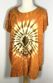 Kleurrijk shirt tie dye Bali, wijdte 135 cm, lengte 72 cm. 100% rayon. Maatbereik 36 t/m 50.