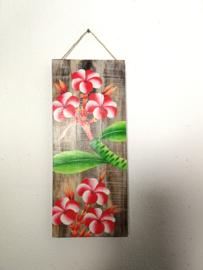 Houten wandpaneel  Frangipani rood/wit. 30,5 x 30,5 x 4 cm. Handwerk uit Ubud, geschilderd op juthout.