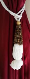 Embrasse van gedraaid bamboo. Met dik wit sierkoord en kwast. Lengte koord 30 cm. 2 stuks. Handmade Bali