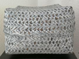 White wash antraciet kleurige offerdoos.  Van zacht bamboe. 19x19x12 cm