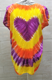 Hartenshirt tie dye batik. 104 cm wijd, 66 cm lang. Maat 36 - 42, 100% rayon.