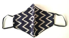 Batik mondkapje nachtblauw/creme.