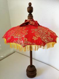 Bali parasol 60 cm rood. Diameter 47 cm. Op houten voet van palisander.