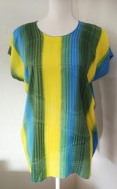 Big shirt tie dye Bali, wijdte 114 cm, lengte 69 cm. 100% rayon. Maatbereik 36 t/m 46.