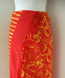 Batik sarong 'Bali Art lima'. 120 x 170 cm met sarongknoop. 100 % rayon.