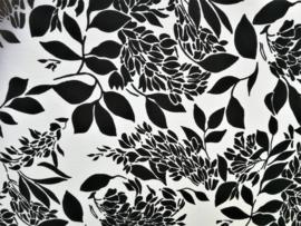Batik sarong Op-Art XL. Van extra zware kwaliteit. Uit de Busana Agung collectie en gemaakt met de BingBatik techniek uit Indonesie.  1.25 x 2.00 cm.  100% rayon. Wasbaar op 30 graden. Met sarongknoop.