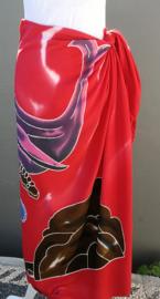 Unieke handgestempelde sarong uit kunstenaarsdorp Ubud. 115x145 cm 100% Rayon (kunstzijde) wasbaar op 30 graden. Met sarongknoop.