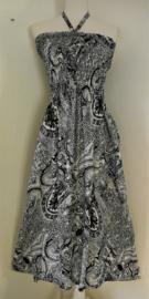 Strapless jurkje 'Gekwast'. Gesmockt bovenlijfje, met halterbandje, zijsplitje, lengte 103 cm  vanaf bovenkant smockrand. Bovenwijdte rekbaar tot 100 cm. One size  size voor maat 36 t/m 42. 100% rayon.
