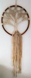 Balinese dromenvanger 'Tree of Life'. Met schitterende bamboe ring . Laat het universum je in je dromen weer in balans brengen.  Diameter 47 cm, lengte 1.25 cm