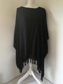 Sarongshirt zwart met wijde hals, 100% rayon.One size.